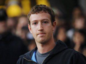 Những chuyện giờ mới tiết lộ về ông chủ Facebook