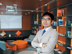 """Tatsuya Konoshita - Nhà điều hành """"đi khắp thế gian"""""""