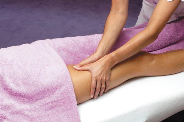 Massage đùi